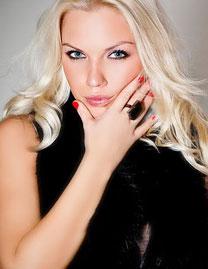 Hottest girl - Datingukraineonline.com