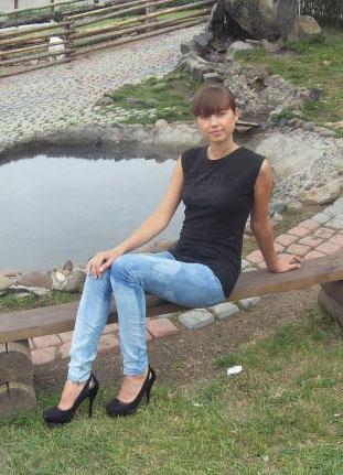 Datingukraineonline.com - Nice young