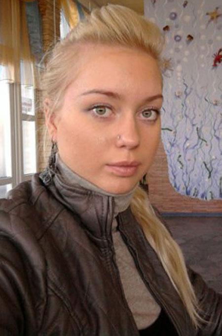 Datingukraineonline.com - Sexy wife
