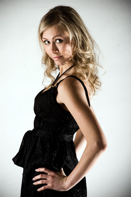 Datingukraineonline.com - Ukrainian girls dating