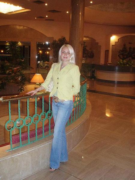 Datingukraineonline.com - Young women seeking older